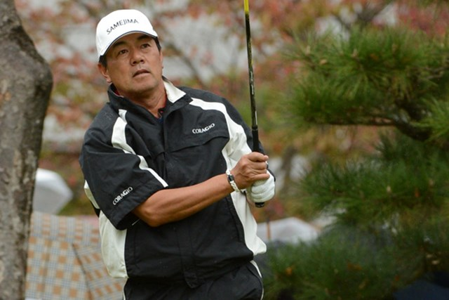 2012年 日本シニアオープンゴルフ選手権競技 最終日 室田淳 首位タイに並んで最終ホールに入った室田だったが、ボギーを叩いて2連覇を逃した。(提供:日本ゴルフ協会)