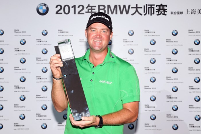 R.マキロイの追い上げに耐えたP.ハンソンが逃げ切りで中国での戦いを終えた。(Ross Kinnaird/Getty Images) 2012年 BMWマスターズ 最終日 ピーター・ハンソン