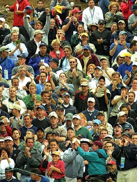 2002年 全米オープン 3日目 ギャラリー 盛り上がるニューヨークのギャラリー