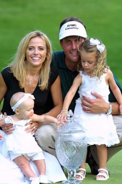 2002年 キヤノン・グレーターハートフォードオープン 最終日 フィル・ミケルソン 家族で味わう4倍の喜び!