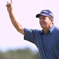 ショットに定評あるベテランのファンクが、暫定首位をキープ。 2002年 全米プロゴルフ選手権 2日目 フレッド・ファンク