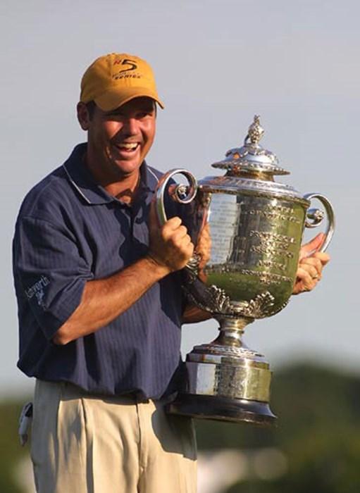 今シーズン初めてのメジャーで見事に栄冠を掴んだ。 2002年 全米プロゴルフ選手権 最終日 リッチ・ビーム