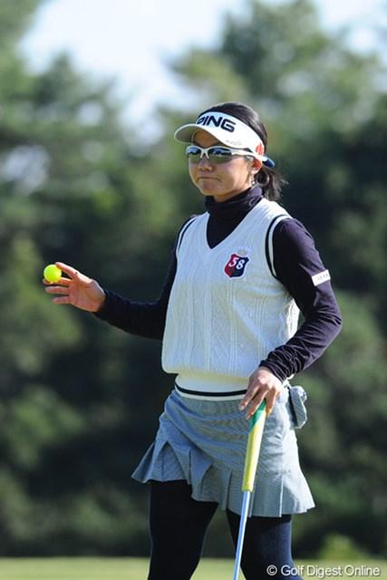 2012年 ミズノクラシック 2日目 上原彩子 風の子アーヤは、どうにか耐えてイーブンにまとめたッちゅう感じのゴルフ。3位タイまでの上位7人のうち5人が外人さんという結果になりました。ガンバレにっぽん!