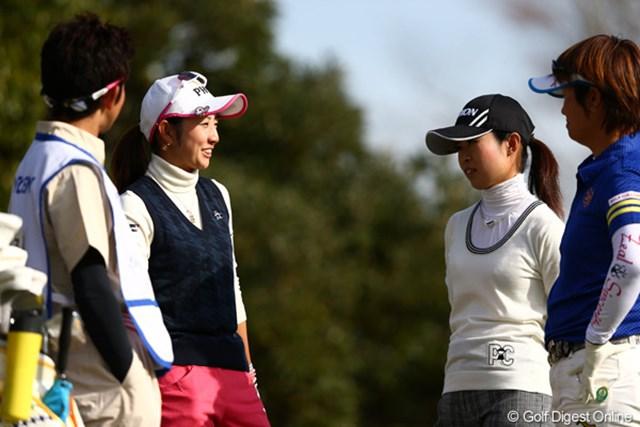 2012年 伊藤園レディスゴルフトーナメント 初日 斉藤愛璃 バーディスタートで笑顔も出てたけど・・・