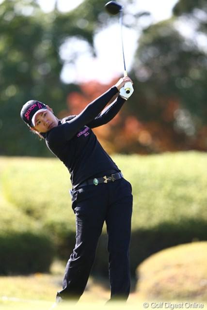 2012年 伊藤園レディスゴルフトーナメント 初日 成田美寿々 地元で2勝目を狙う成田美寿々は14位タイから追い上げを狙う