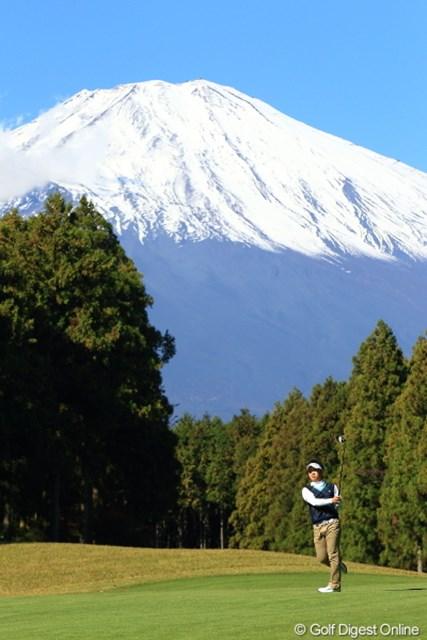 2012年 三井住友VISA太平洋マスターズ 3日目 伊藤誠道 なんか見慣れちゃったけど、誠道くんまだ高校生なんだよね。