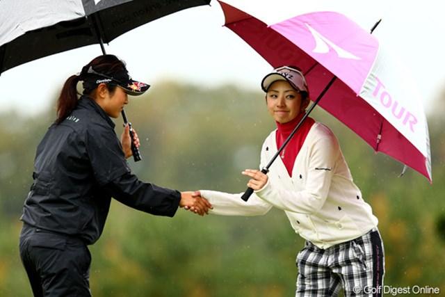 2012年 大王製紙エリエールレディスオープン 2日目 斉藤愛璃 残念ながら予選通過ならず、それにしてもどこ見てんの?