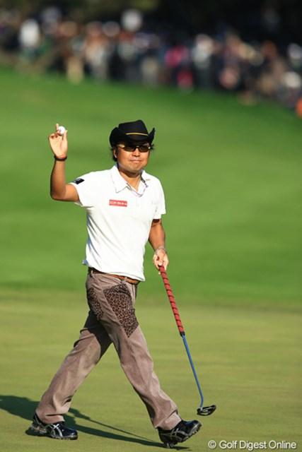 2012年 ダンロップフェニックストーナメント 最終日 片山晋呉 今日は爆発するんじゃないかと期待していたんですが・・・。10位タイフィニッシュでした。