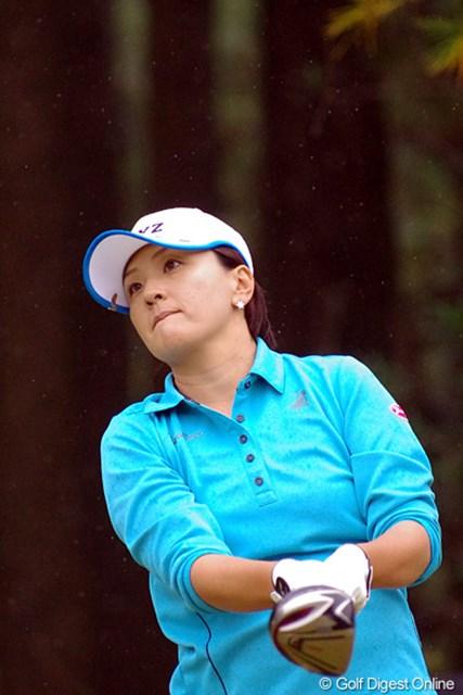 2012年 LPGAツアーチャンピオンシップリコーカップ 初日 茂木宏美 芦屋夫人は1年を通して調子よかったですなァ。地味やけど、しょっちゅう画像をUPさせてもらいましたもん。4位T