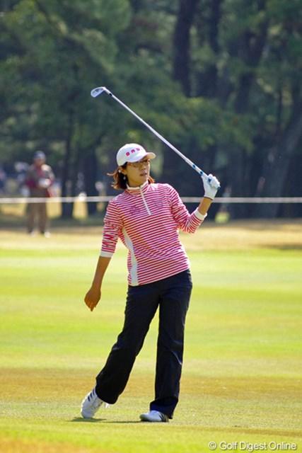 2012年 LPGAツアーチャンピオンシップリコーカップ 3日目 李知姫 中盤にどうにか2バーディを奪ったものの、1ダボ、5ボギーではなァ…。まったくチヒちゃんらしくない1日でしたなァ…。12位T