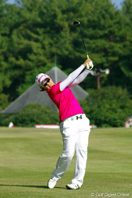 2012年 LPGAツアーチャンピオンシップリコーカップ 3日目 成田美寿々 若大将は本日不発。バーディ無の3ボギーで昨日の8位から15位タイへと急降下…。明日はまた心機一転で開き直ってくらは~い!