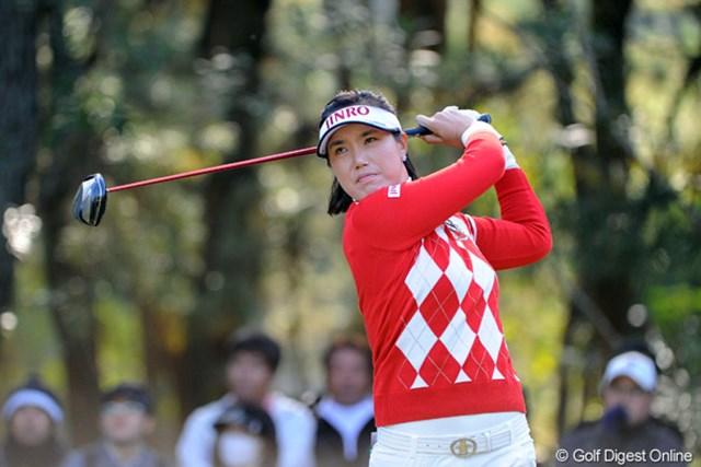 2112年賞金女王&LPGAプレーヤー・オブ・ザ・イヤーおめっとさんですゥ。韓国でお祝いのときに配る餅菓子をプレスにいただきました~。