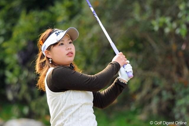 2012年 国内女子ファイナルQT 最終日 東浩子 今年のプロテストをトップで合格した東浩子は堂々の5位通過。