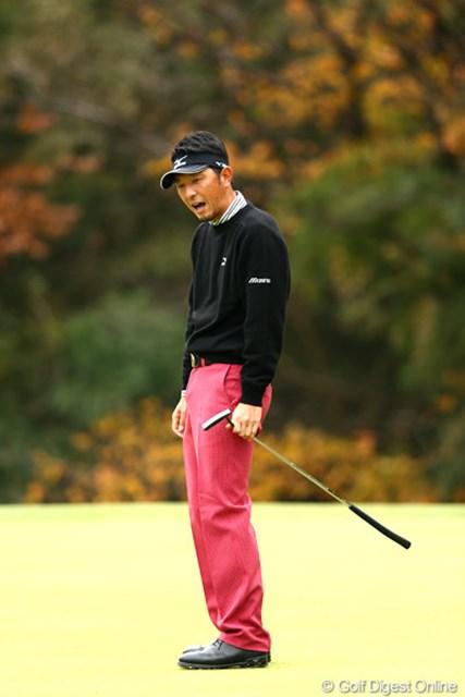 2012年 ゴルフ日本シリーズJTカップ 2日目 小林正則 7番、入ると思われたパットがわずかにハズレ「あれ~?」