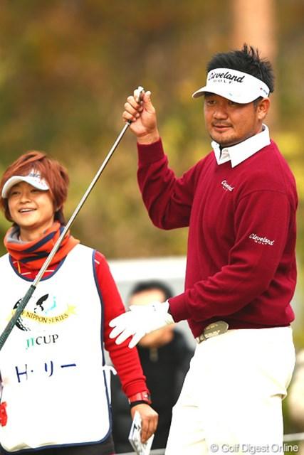 2012年 ゴルフ日本シリーズJTカップ 2日目 ハン・リー スコアを8つ伸ばして単独2位に浮上