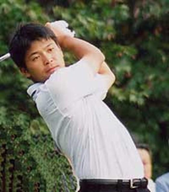 2001年 宇部興産オープンゴルフトーナメント 2日目 手嶋多一 11バーディを量産し、3位に浮上した手嶋多一