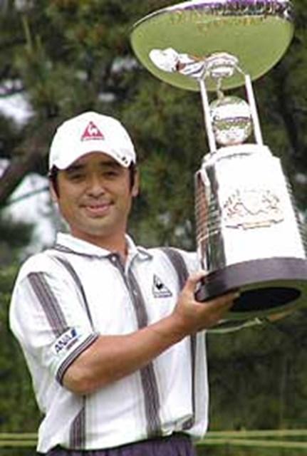2001年 ダイヤモンドカップトーナメント 最終日 伊沢利光 勝負強さで今シーズン1勝目を飾った伊沢利光