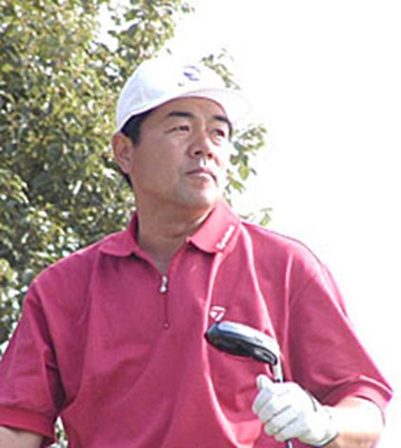 2001年 カシオワールドオープンゴルフトーナメント 最終日 室田淳 ガルシア、チャンドを振り切り、7年ぶりの優勝を決めた室田淳