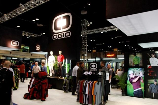 オジオ=地味だったゴルフバッグ用バッグのデザインを一新したモデルを発表。アパレルも充実してきた