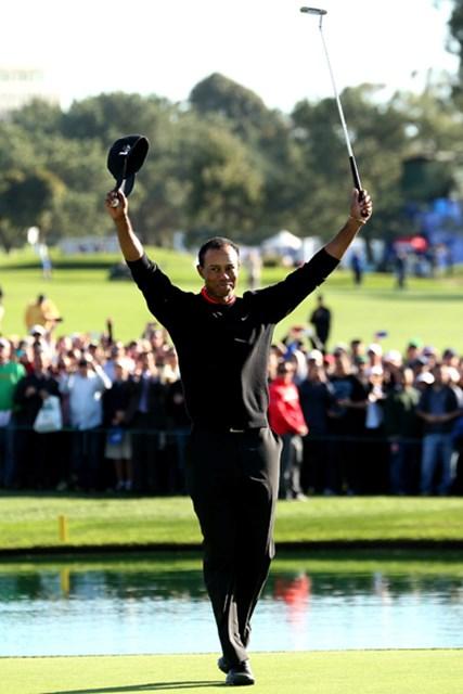 自身の米ツアー今季初戦「ファーマーズ・インシュランスオープン」で圧勝したT.ウッズ。2013年シーズンの行方は(Stephen Dunn /Getty Images)