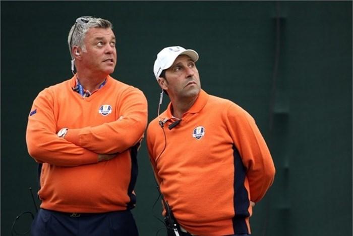 メジャーチャンピオンたちも加わり南アフリカの子供たちにゴルフの指導が行われた(Getty Image) 2013年 ツワネオープン 事前 ダレン・クラーク ホセ・マリア・オラサバル