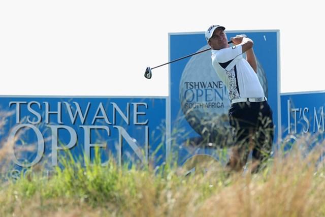 """新規大会で初日トップは地元南アのD.フィチャート。2週前のアフリカオープンからの""""2連勝""""を狙う。(Warren Little/Getty Images)"""
