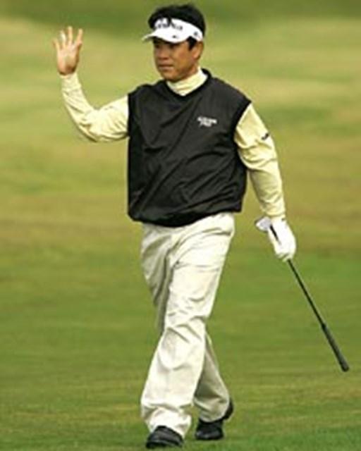 2004年 全英オープン 初日 平塚哲二 一番でダブルボギーをたたくも終わってみれば1アンダー。精神力の強さを見せた平塚哲二(写真/BEYONDSHIP)