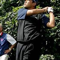 スイング改造、肉体作りとやっと努力が実った神山隆志。最終日はパー5でイーグルも決めた(写真/BEYONDSHIP) 2004年 全英オープン 最終日 神山隆志