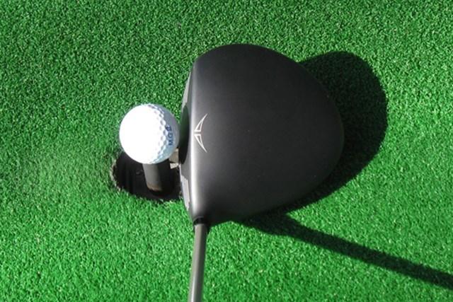新製品レポート ピン G25 ドライバー 扁平型のヘッド形状で投影面積は巨大
