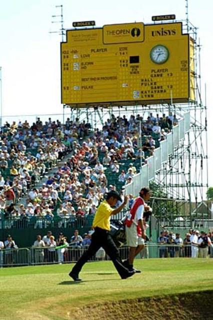 2003年 全英オープン 3日目 片山晋呉 堂々とした態度。メジャーにも慣れてきた片山晋呉(写真/BEYONDSHIP)