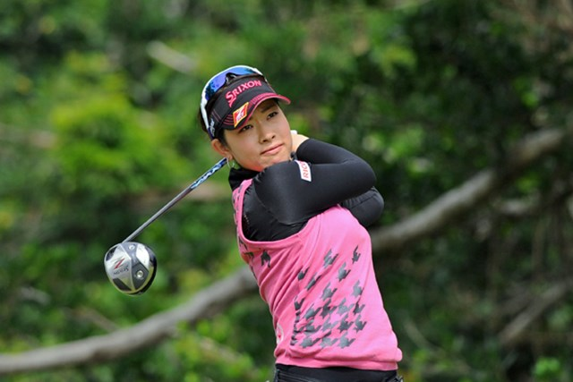 2013年 ダイキンオーキッドレディスゴルフトーナメント 最終日 森田理香子 今年も持ち前の飛距離は健在。開幕戦を見事に制した森田理香子。