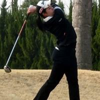 13-14歳の部女子で優勝した杉原の力強いティーショット 杉原彩花/世界ジュニアゴルフ選手権日本代表選抜大会 中国・四国予選