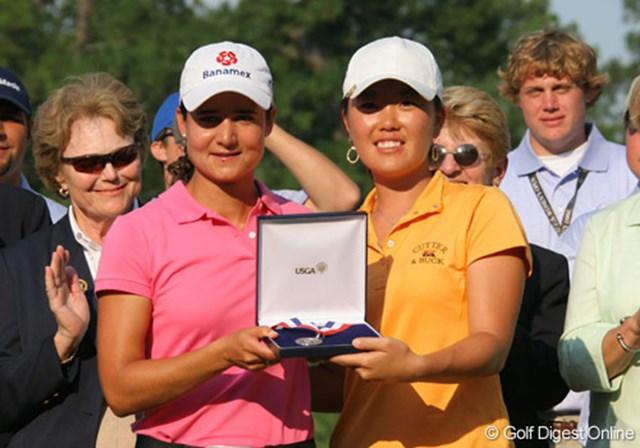2007年 全米女子オープン 最終日 ロレーナ・オチョア アンジェラ・パーク 2位として一緒に表彰されたロレーナ・オチョアとアンジェラ・パーク