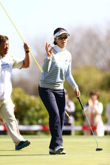 2013年 ヨコハマタイヤゴルフトーナメントPRGRレディスカップ 初日 全美貞 昨年の賞金女王はトップと2打差の好位置に。