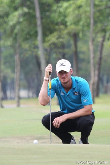2013年 タイランドオープン 2日目 クリス・ウッド 大会連覇を狙うクリス・ウッドは2日間安定したゴルフで暫定5位タイ