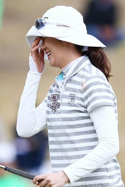 2013年 ヨコハマタイヤゴルフトーナメントPRGRレディスカップ 最終日 ヤング・キム プレーオフでパーパットを決められずこの表情