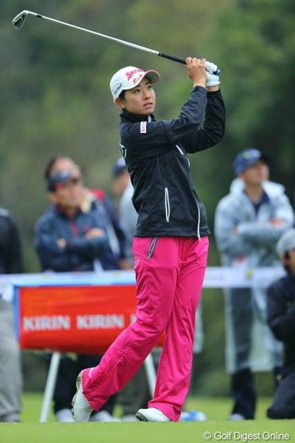 2013年 Tポイントレディスゴルフトーナメント 初日 森田理香子 安定した60台の要因は、もちろんラッキーだけではない。6位タイスタートを切った森田理香子