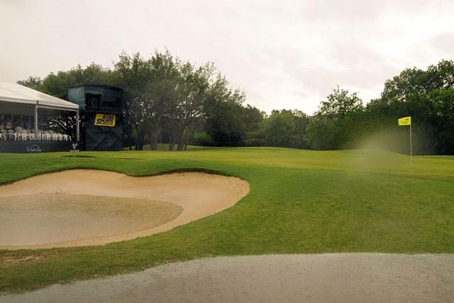 バレロテキサスオープン3日目 集中的な豪雨でコースは至る箇所で池ができてしまった(Marc Feldman/Getty Images)