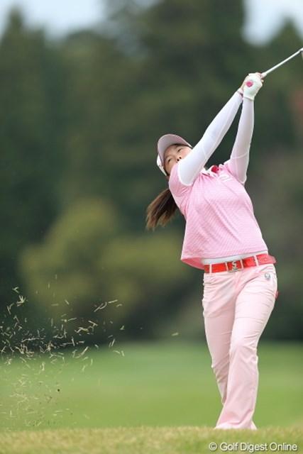 2013年 Tポイントレディスゴルフトーナメント 2日目 勝みなみアマ ミナミちゃんの突き上げ系スイングその1