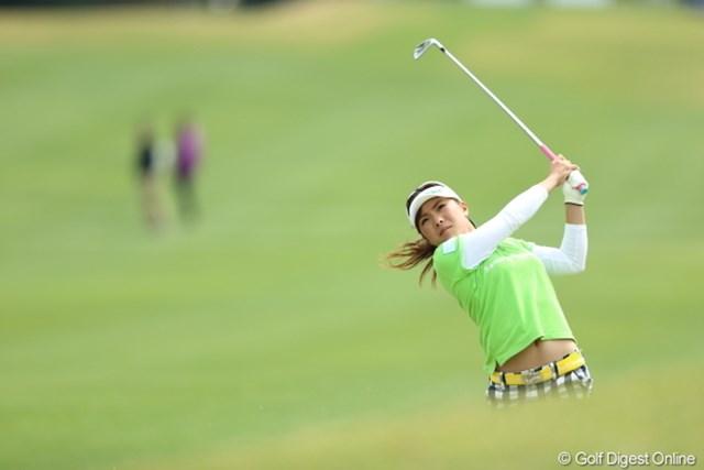 2013年 Tポイントレディスゴルフトーナメント 2日目 堀奈津佳 なんか2代目智恵ちゃんをイメージさせる容姿。