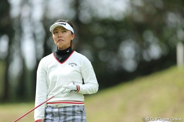 2013年 Tポイントレディスゴルフトーナメント 2日目 テレサ・ルー 乗らなかったからって、なにもこんな顔しなくたって。