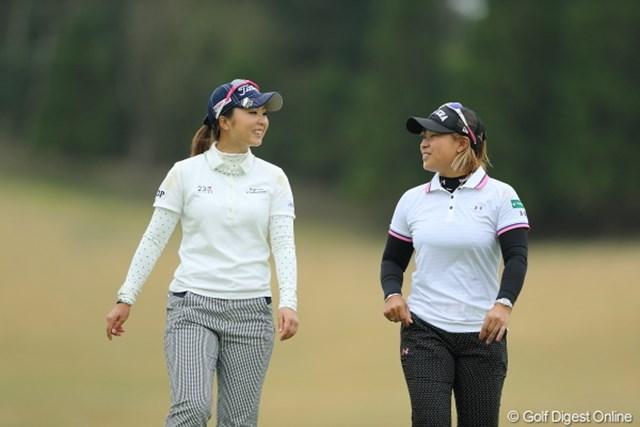 2013年 Tポイントレディスゴルフトーナメント 2日目 菊地絵理香 馬場ゆかり 試合が終われば普通の女の子なんですね。