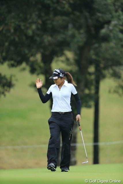 2013年 Tポイントレディスゴルフトーナメント 最終日 藤本麻子 前半4バーディとスタートダッシュをしてきた藤本プロ。