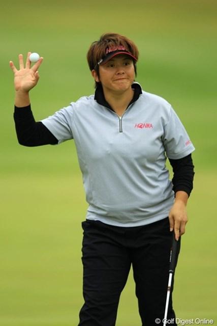 2013年 アクサレディスゴルフトーナメント in MIYAZAKI 初日 ウェイ・ユンジェ 今週もまた安定したゴルフを展開してます。