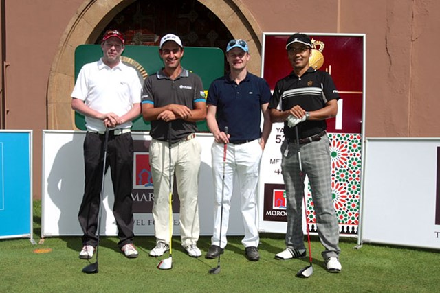 左からティム、モリナリ、ルシャノワーヌ、上杉隆