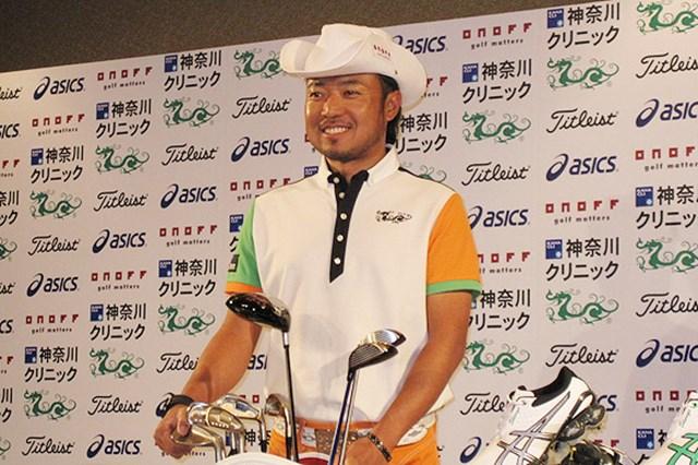 2009年 片山晋呉、新規契約発表会 4社と合同契約を結んだ片山晋呉。マスターズに向けて準備は整った