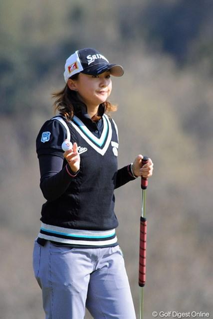 2013年 スタジオアリス女子オープン 初日 櫻井有希 QT2位で今季の出場権を獲得して、先週ようやく今季初の予選突破を果たしました。これから本領発揮でたのんまっせェ~!12位T