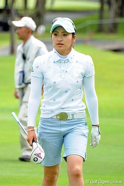 【女子プロファッションチェック】 2009年5月19日 ヴァーナルレディース 宅島美香 初日は7位タイと好スタートを切った宅島だったが…