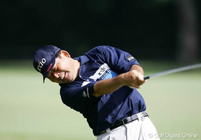 「日本プロゴルフシニア選手権大会」を制し絶好調の中嶋常幸。若手に負けじと渾身のフルスイング