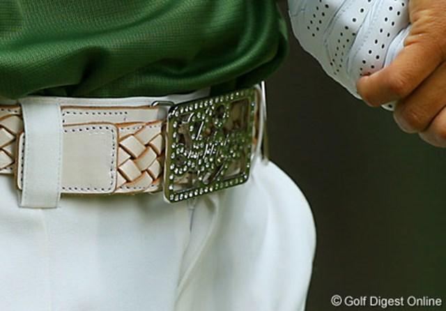 2006年 日本オープンゴルフ選手権競技 3日目 片山晋呉のバックル 片山晋呉のバックルには「SHINGO」と入っている。オーダーメイドで何種類も持っているそうだ